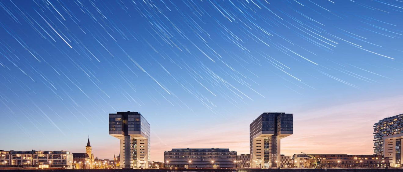 Köln Kranhäuser - Foto von Dominik Berg - star trails